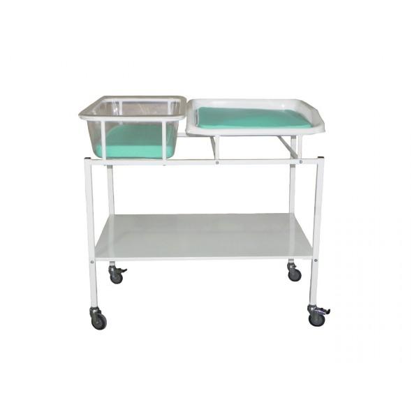 Кровать для новорожденных с пеленальным столиком