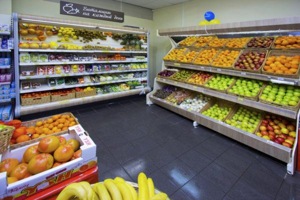 Овощной стеллаж с зеркальным фризом и подсветкой в Казани по цене 9115 руб