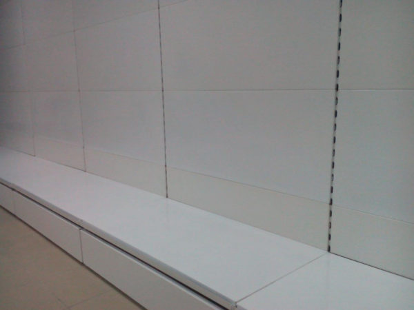 Торговый стеллаж без полок пристенный в Казани по цене 3345 руб