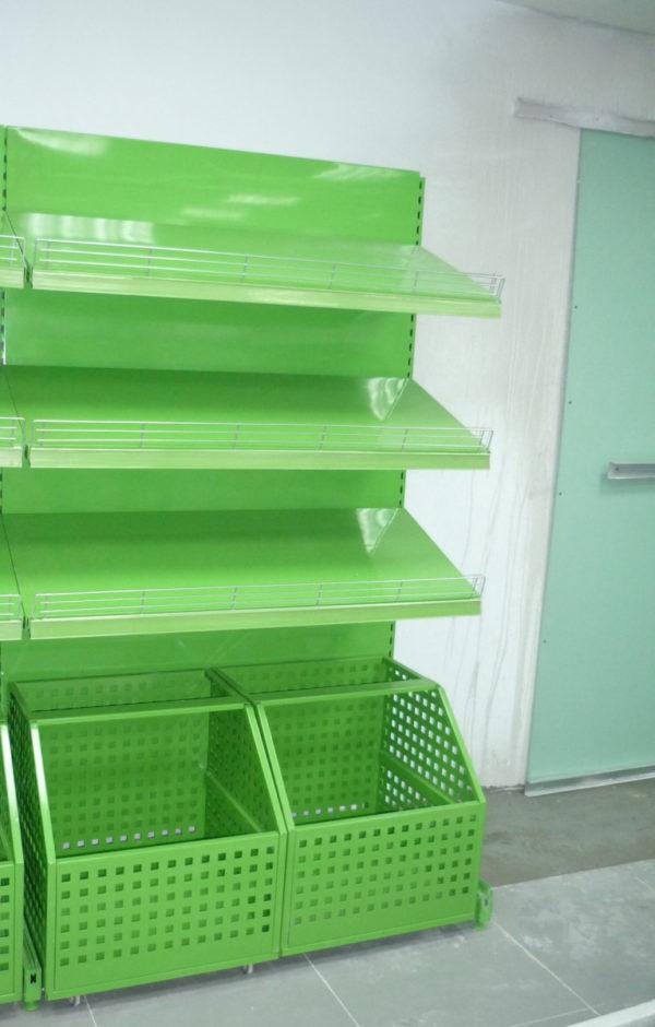 Островной стеллаж для овощей с выкатными корзинами в Казани по цене 21013 руб