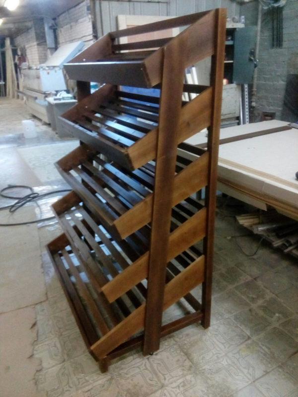 Стеллажи деревянные для магазинов