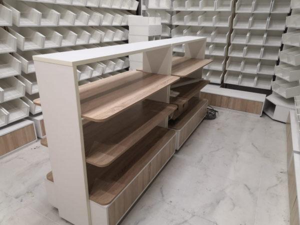 Островной стеллаж для хлеба и печенья