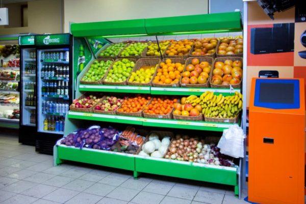 Овощной стеллаж с боковинами ЛДСП зеркальным фризом с подсветкой