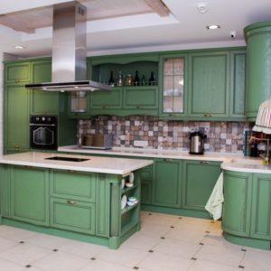 Домашняя кухня в классическом стиле